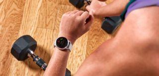 Preuzmite na Garmin sat unaprijed pripremljene vježbe s Garmin Connecta
