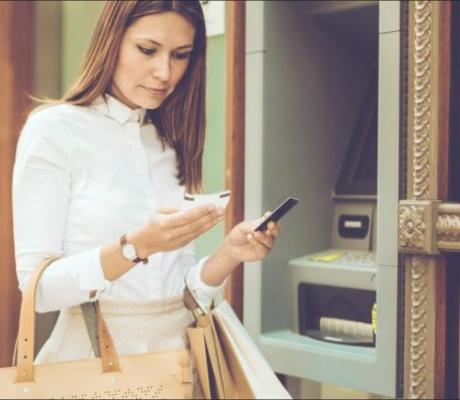 Erste uvodi beskontaktno podizanje gotovine na bankomatima