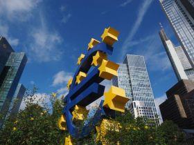 Guverner Austrijske narodne banke: Trebalo bi uvesti porez na Bitcoin