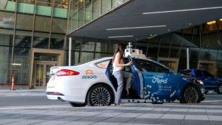 Ford zbog pandemije odgađa lansiranje autonomnih taksija
